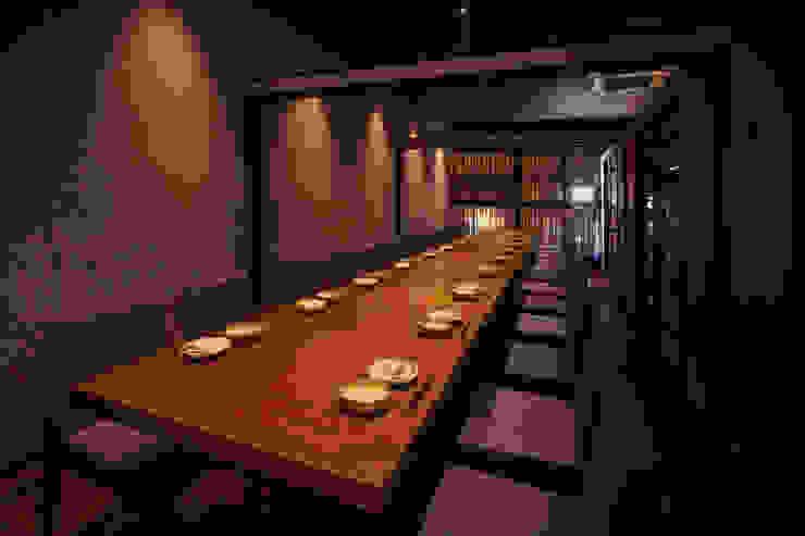 2F PDR-1 アジア風レストラン の 株式会社DESIGN STUDIO CROW 和風