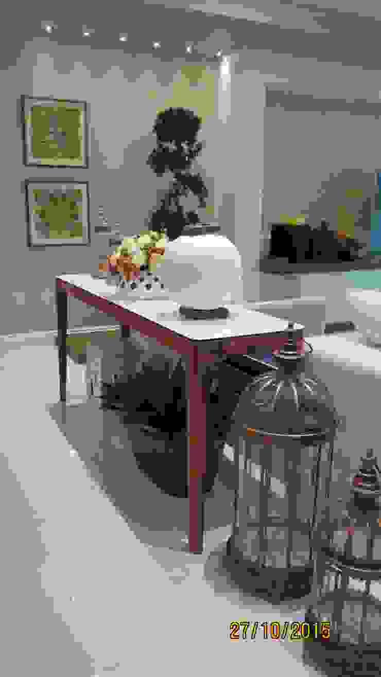 Projeto Modern Living Room by alessandrabecel Modern