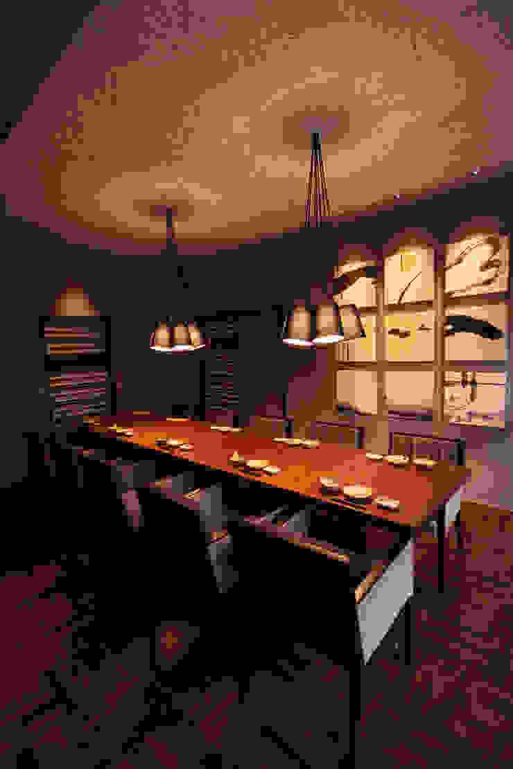 2F PDR-2 アジア風レストラン の 株式会社DESIGN STUDIO CROW 和風