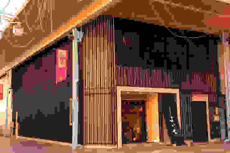 FACADE2 アジア風レストラン の 株式会社DESIGN STUDIO CROW 和風