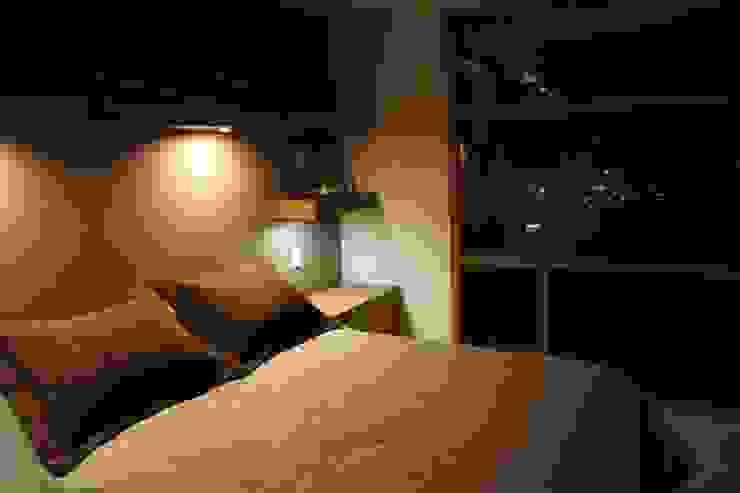 TREVINO CHABRAND Taller de Arquitectura Dormitorios modernos de TREVINO.CHABRAND | Architectural Studio Moderno