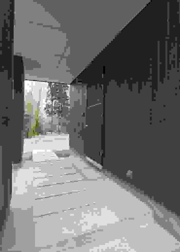 IZUMI HOUSE オリジナルな 家 の 株式会社テイクス設計事務所 オリジナル