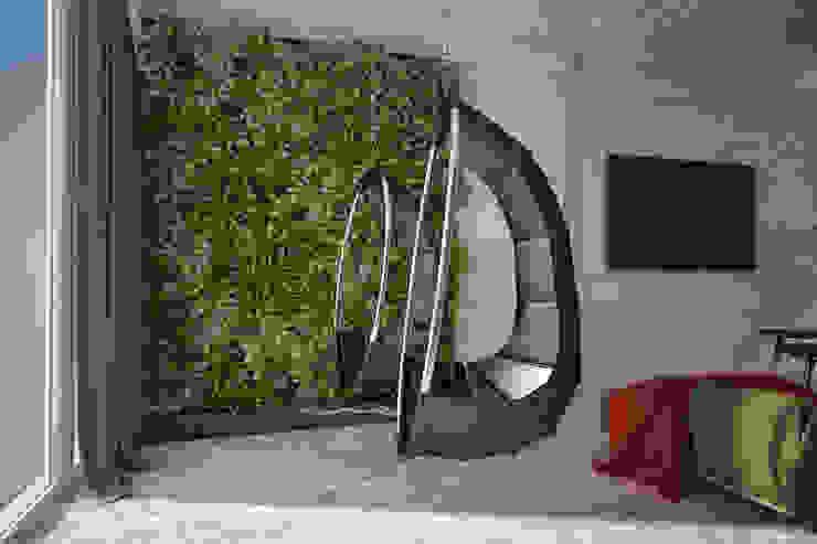 Emancipation Гостиная в стиле модерн от U-Style design studio Модерн