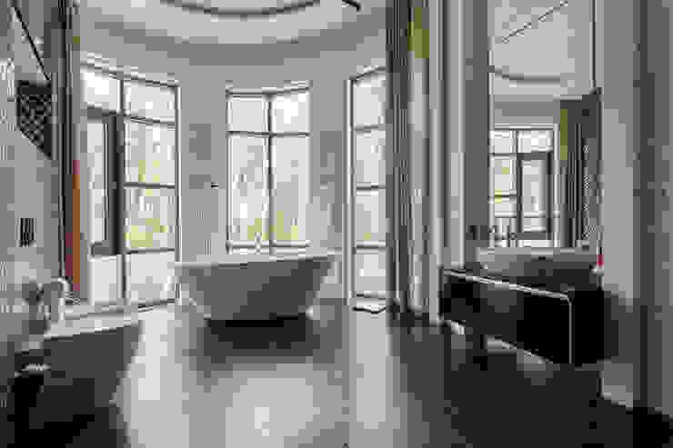 Плюты Ванная комната в стиле модерн от U-Style design studio Модерн