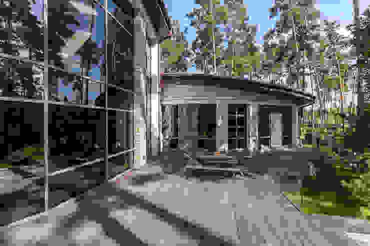 Плюты Дома в стиле модерн от U-Style design studio Модерн