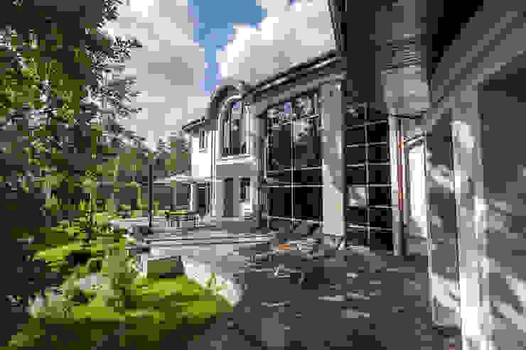 Плюты Балкон и терраса в стиле модерн от U-Style design studio Модерн