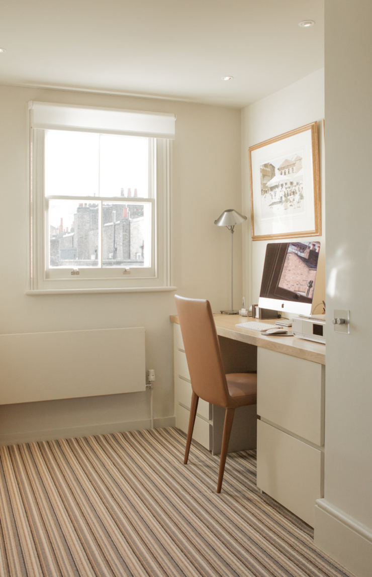 Office at the Chelsea House Nash Baker Architects Ltd Study/office White