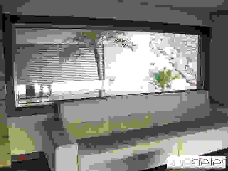 Casa TENEDÓRIO, Loivo Salas de estar modernas por SOLE ATELIER, LDA Moderno