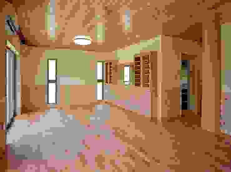 Modern living room by 川窪設計工房 Modern Wood Wood effect