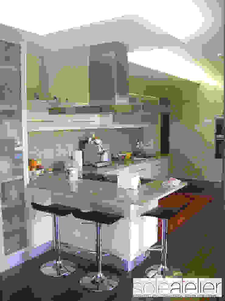 Casa TENEDÓRIO, Loivo Cozinhas modernas por SOLE ATELIER, LDA Moderno