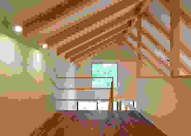 ロフト オリジナルデザインの 多目的室 の Unico design一級建築士事務所 オリジナル