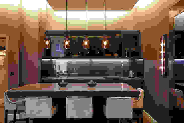 KT-41 Queens Gate Гостиная в стиле модерн от Keir Townsend Модерн