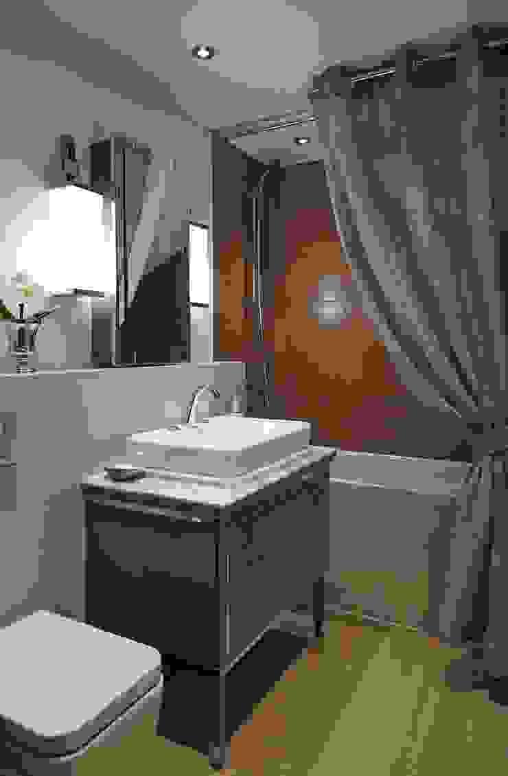 KT-56 Point West Ванная комната в стиле модерн от Keir Townsend Модерн