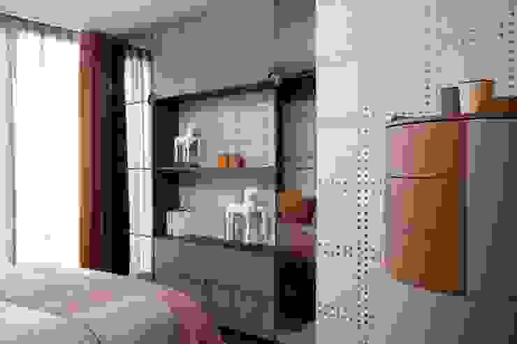 KT-77 Penthouse appartment Vauxhall Dormitorios de estilo moderno de Keir Townsend Moderno