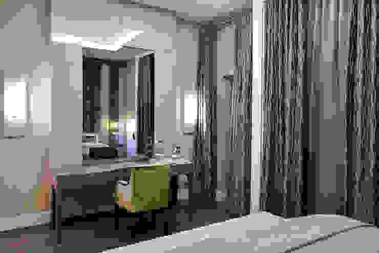 KT-41 Queens Gate Спальня в стиле модерн от Keir Townsend Модерн