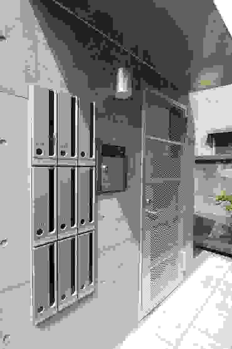 エントランス オリジナルな 家 の Unico design一級建築士事務所 オリジナル