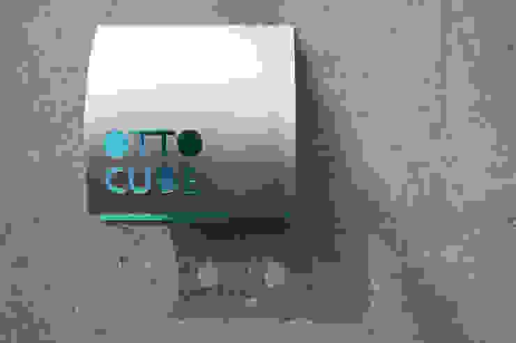 サイン オリジナルな 家 の Unico design一級建築士事務所 オリジナル