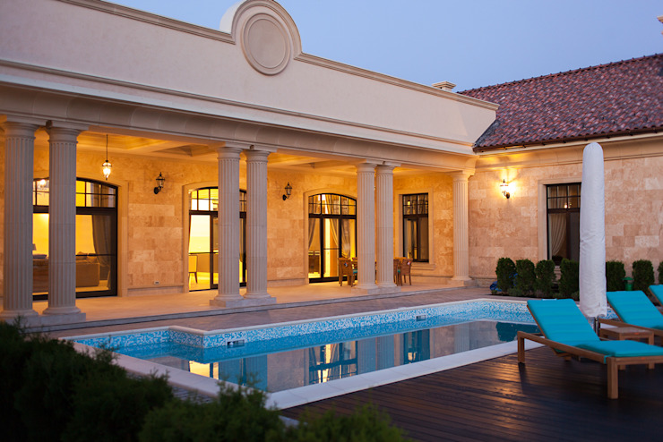 Дом в Одесской области Бассейн в средиземноморском стиле от kvartalstudio Средиземноморский