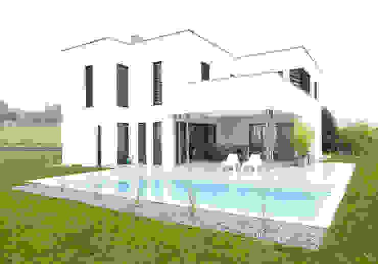 現代房屋設計點子、靈感 & 圖片 根據 STUDIO 54 Ziviltechniker GmbH 現代風