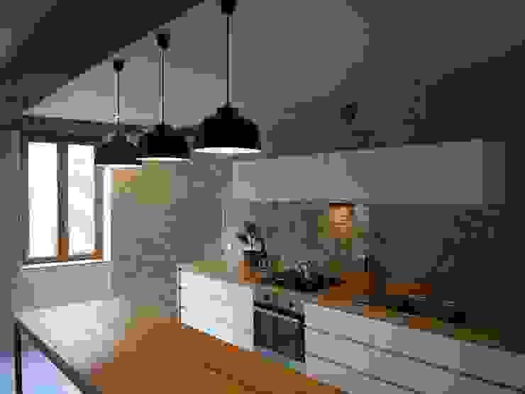 demi-niveaux (Saône-et-Loire) atacama architecture Cuisine moderne