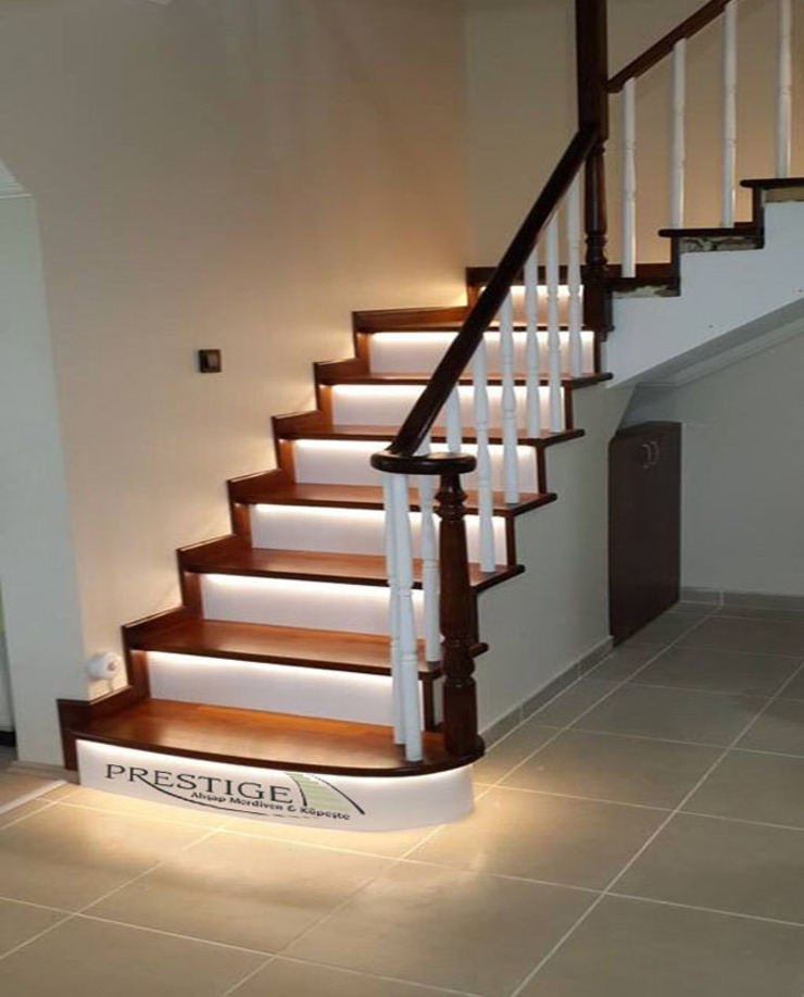 Prestige Ahşap Merdiven Dekorasyon San.Tic.LTD.ŞTİ – Beton Üstü Ahşap Merdiven: modern tarz , Modern Masif Ahşap Rengarenk