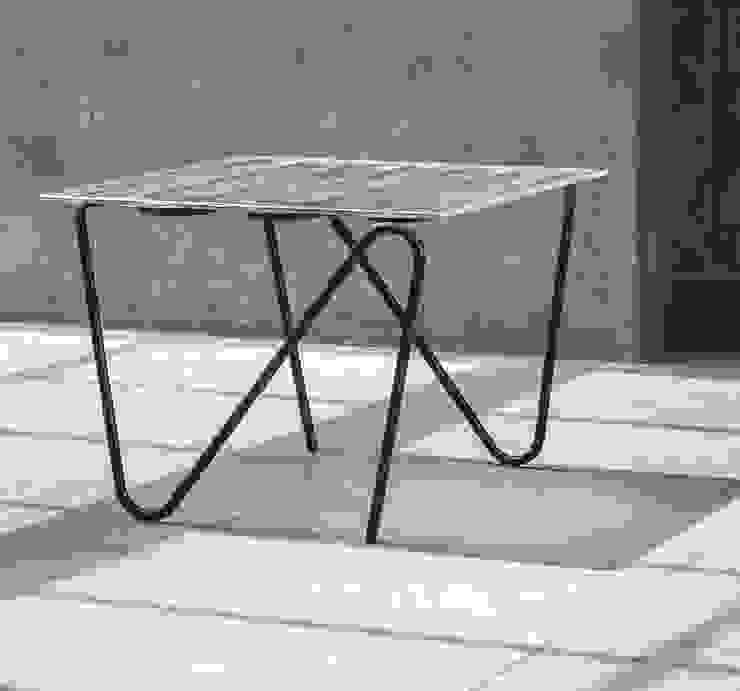 Pulse Table van Jaap Bontekoe Minimalistisch Glas