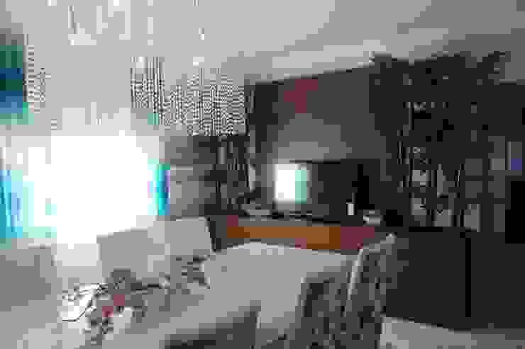 Andreia Louraço - Designer de Interiores (Email: andreialouraco@gmail.com) Їдальня Бамбук Коричневий