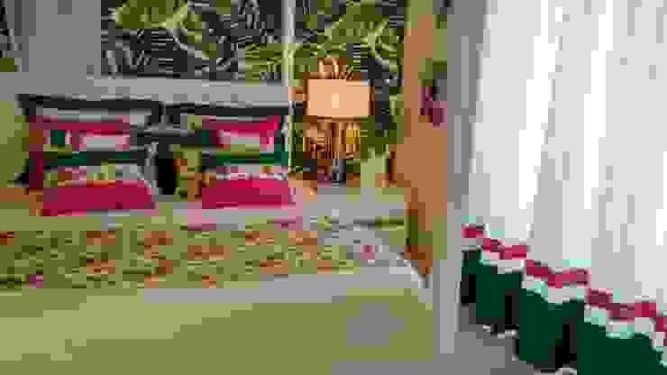 Tropical style bedroom by Andreia Louraço - Designer de Interiores (Contacto: atelier.andreialouraco@gmail.com) Tropical Flax/Linen Pink