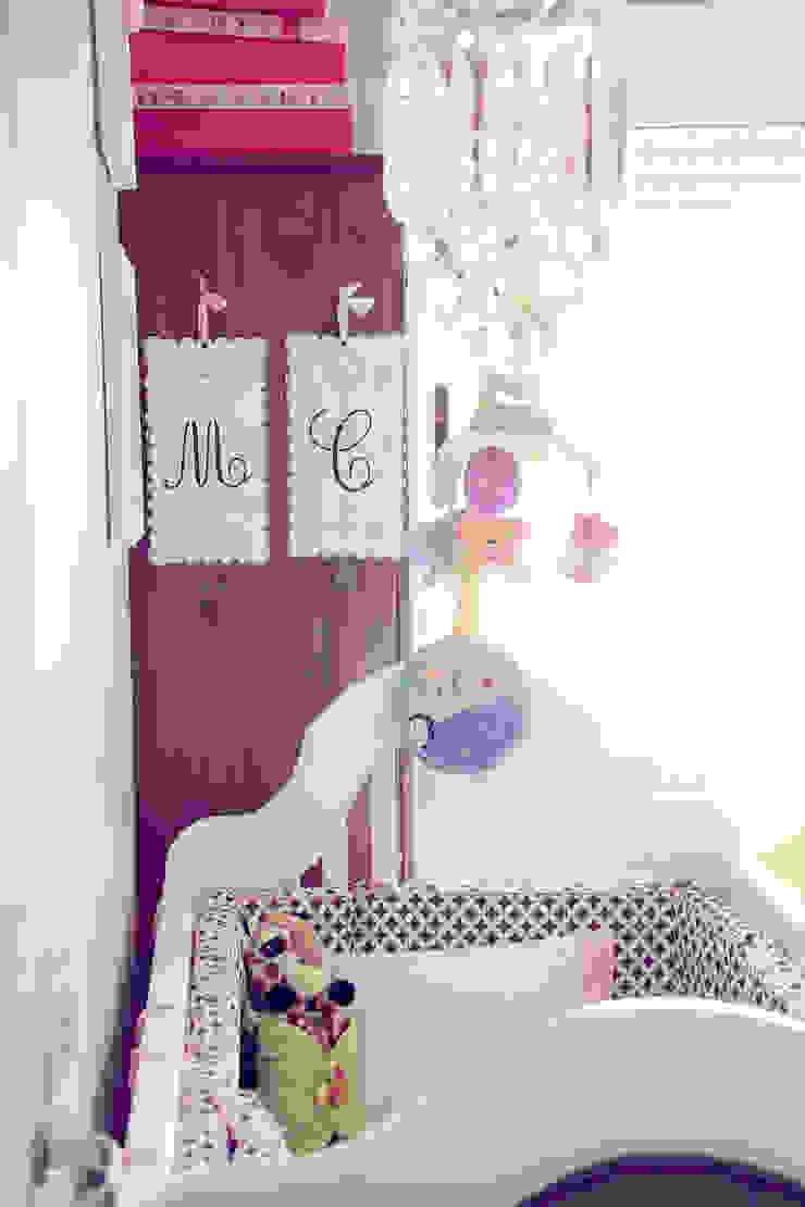 Quarto Bebê por Vanessa Mondin _Arquitetura e Interiores Moderno
