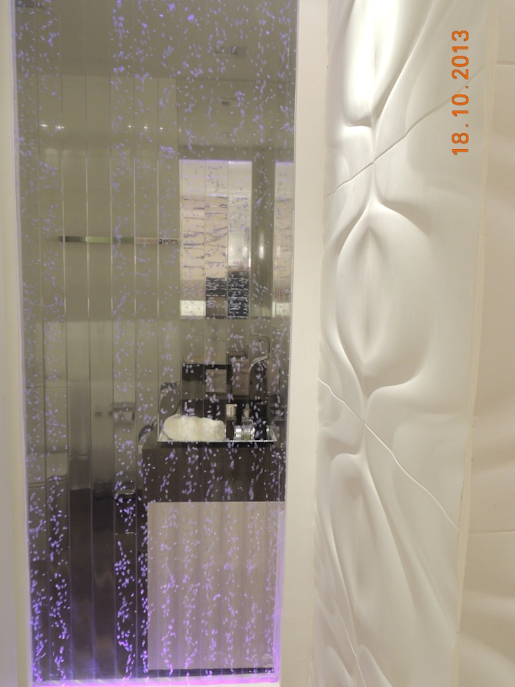 Suíte Casal Banheiros modernos por Melanie Kiss Design de interiores Moderno Sintético Castanho