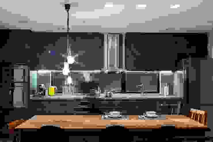 Residência Sustentável cunha² arquitetura Cozinhas minimalistas MDF Cinza