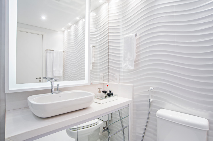Banheiro da Suíte Master Banheiros modernos por Adriane Perotoni Arquitetura.Interiores Moderno