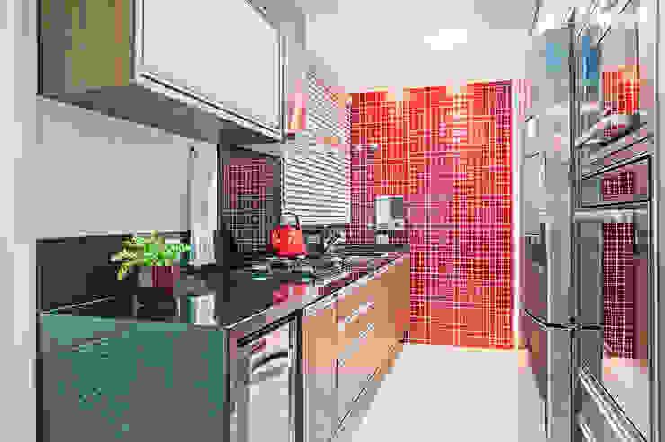 Cozinha Cozinhas modernas por Adriane Perotoni Arquitetura.Interiores Moderno