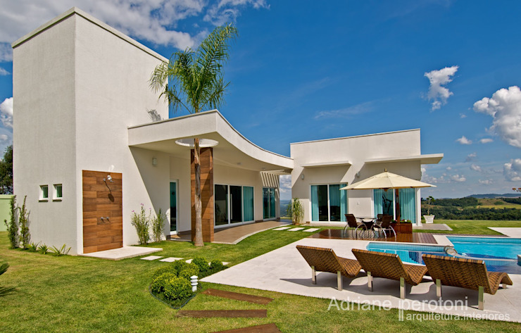 Moderne Häuser von Adriane Perotoni Arquitetura.Interiores Modern
