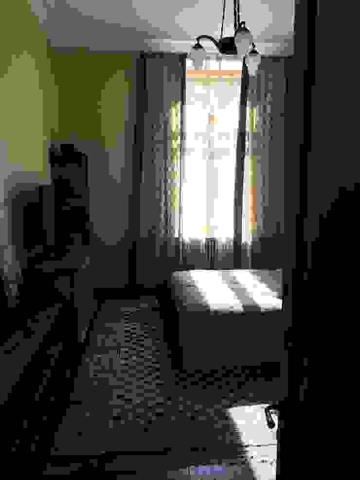 квартира для бабушки и дедушки Спальня в эклектичном стиле от Circus28_interior Эклектичный