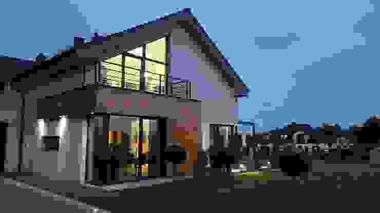 Moderne Häuser von Pracownia Projektowa Wioleta Stanisławska Modern