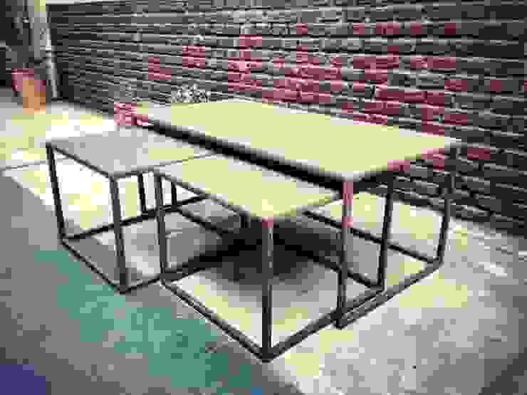 Muebles de hierro Varandas, alpendres e terraços modernos por Tienda de Hierros Moderno