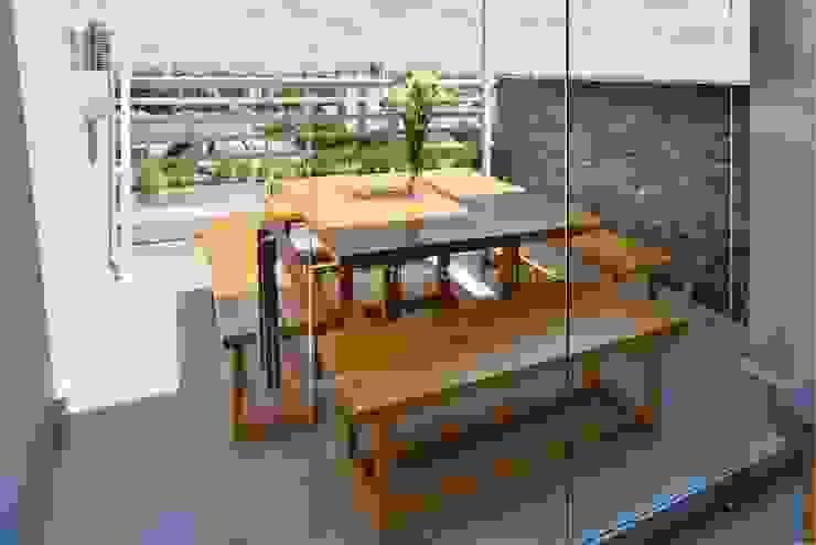 FORUM PUERTO NORTE Balcones y terrazas modernos: Ideas, imágenes y decoración de Barsante Disegno Moderno