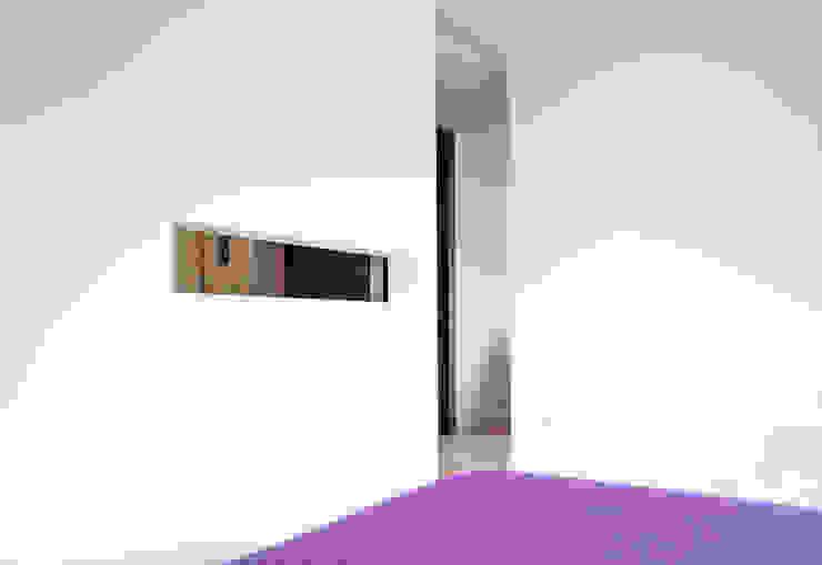 Apartamento BAC Quartos modernos por URBAstudios Moderno