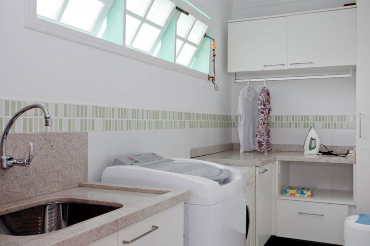 Bathroom by CMSP Arquitetura + Design
