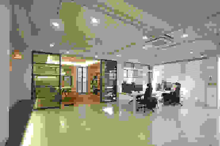인테리어 사무실 인테리어_홍예디자인 홍예디자인 모던스타일 서재 / 사무실