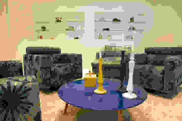 obra residêncial scs Salas de estar modernas por Sandra Sanches Arq e Design de Interiores Moderno