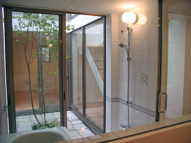 浴室 オリジナルスタイルの お風呂 の Unico design一級建築士事務所 オリジナル
