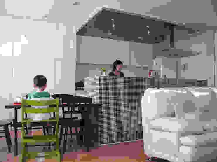 ダイニングキッチン オリジナルデザインの ダイニング の Unico design一級建築士事務所 オリジナル
