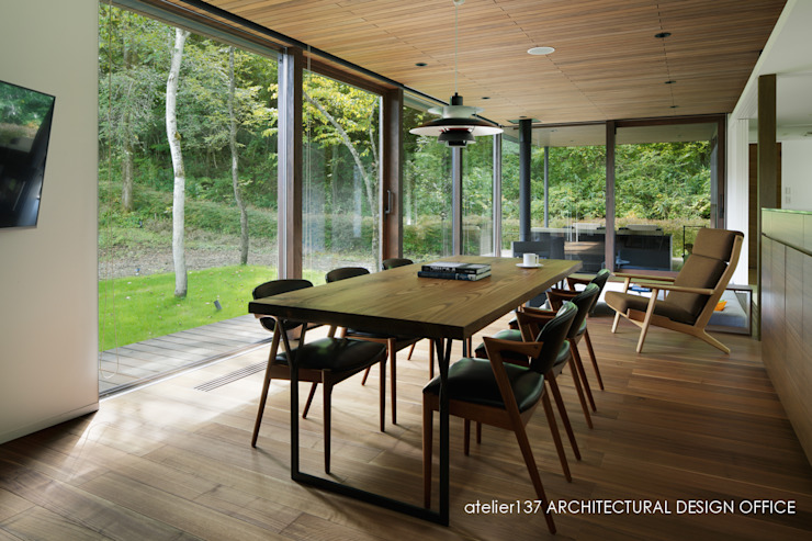 Dining room by atelier137 ARCHITECTURAL DESIGN OFFICE, Modern Wood Wood effect