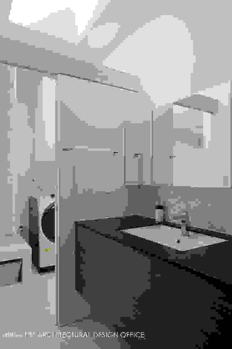 Modern Bathroom by atelier137 ARCHITECTURAL DESIGN OFFICE Modern Wood Wood effect