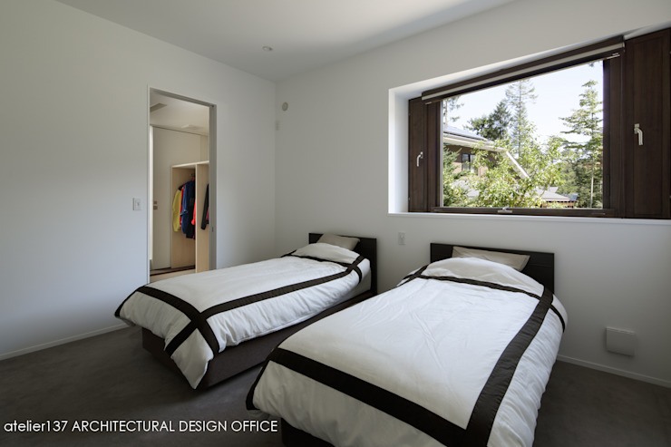 Modern Bedroom by atelier137 ARCHITECTURAL DESIGN OFFICE Modern
