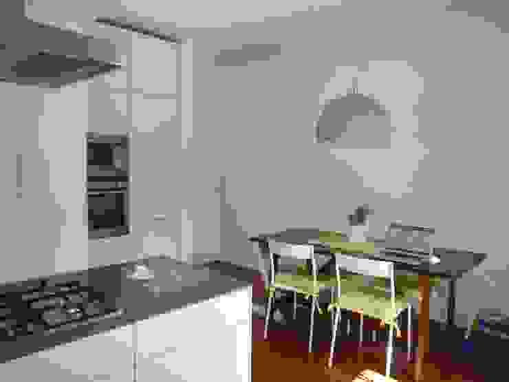 Progetto Gaby Ehringshausen 現代廚房設計點子、靈感&圖片