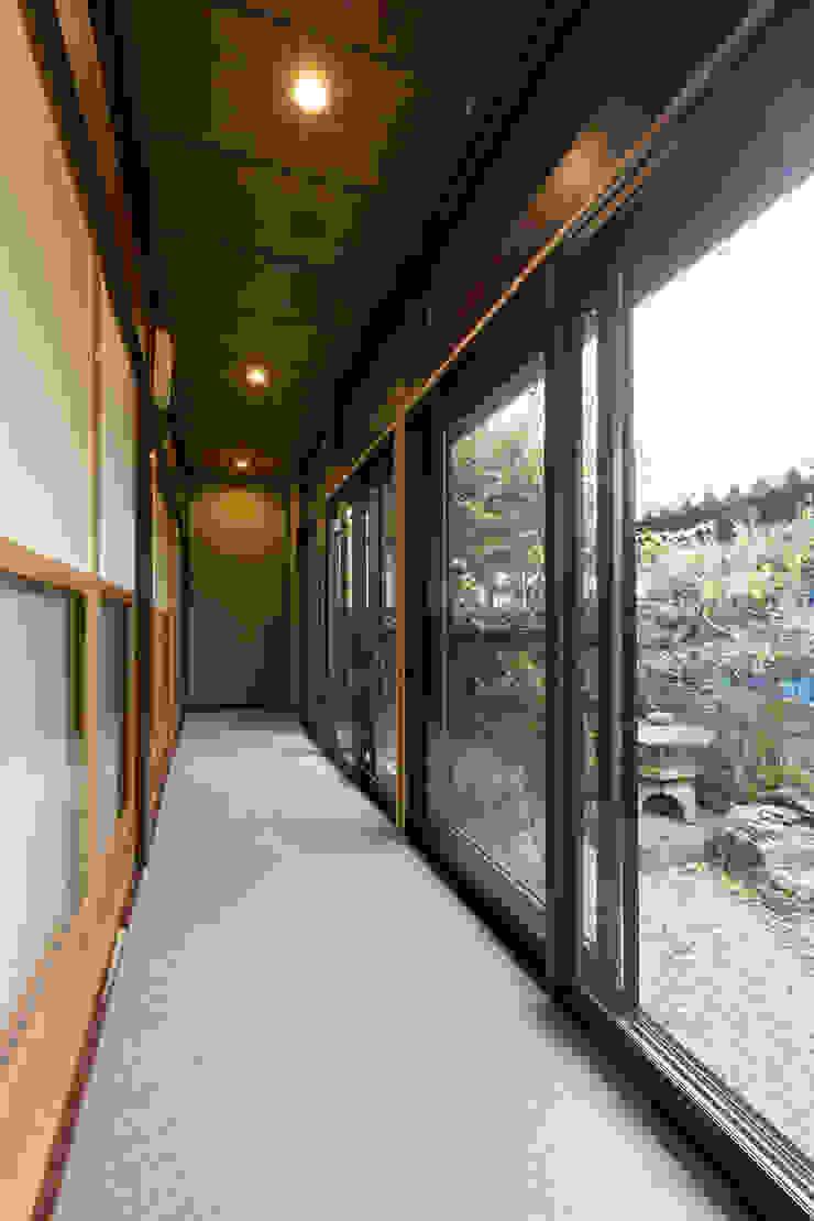 아시아스타일 정원 by 株式会社 鳴尾工務店 한옥