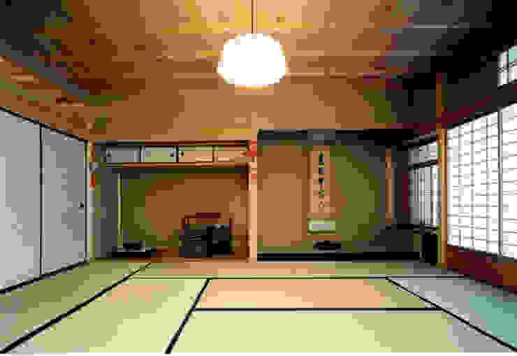 香室 和風デザインの 多目的室 の 株式会社 岡﨑建築設計室 和風